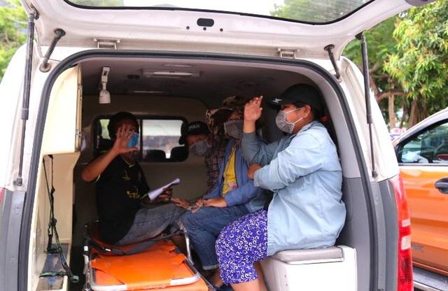 Gia đình 4 người đạp xe từ Đồng Nai đã về đến Nghệ An, được đưa đi cách ly tập trung - Ảnh 9.