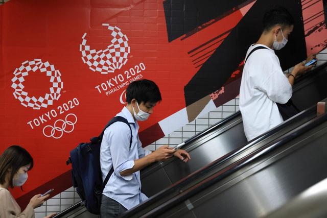 Các chuyên gia lo ngại Olympic Tokyo sẽ trở thành sự kiện siêu tiến hóa cho COVID-19 - Ảnh 4.