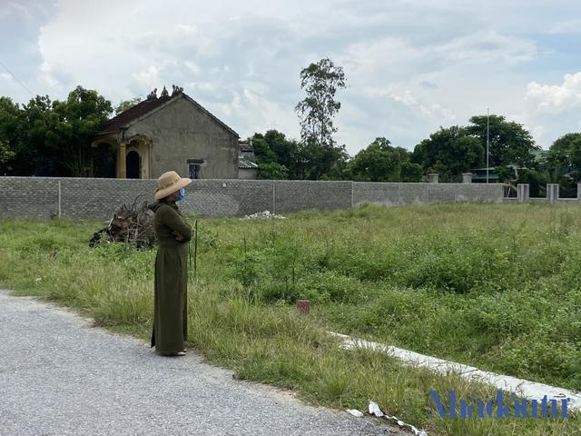 Nhiều nhà đầu tư bất động sản ở Nghệ An 'chết chìm' sau cơn sốt đất - Ảnh 2.
