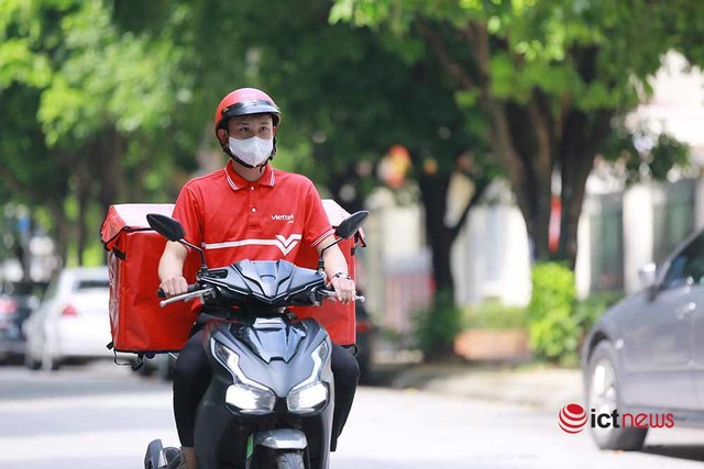 Hai doanh nghiệp bưu chính lớn sẽ chuyển hàng từ siêu thị đến người dân Hà Nội - Ảnh 3.