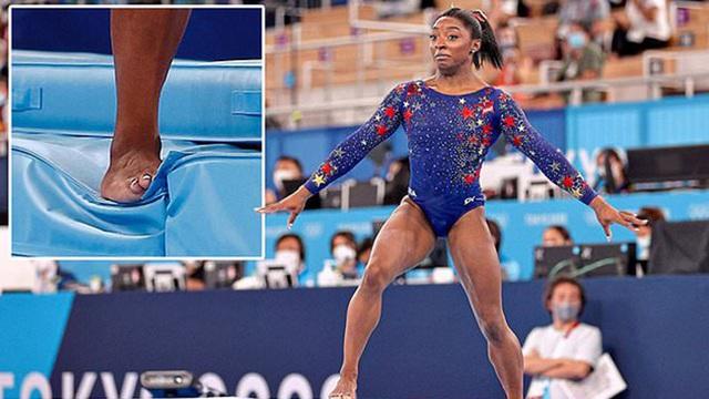 Biểu tượng thể thao Mỹ gây chấn động khi bỏ cuộc ở Olympic Tokyo 2020: Giọt nước mắt sau bao năm kìm nén từ quá khứ bị lạm dụng tình dục - Ảnh 8.