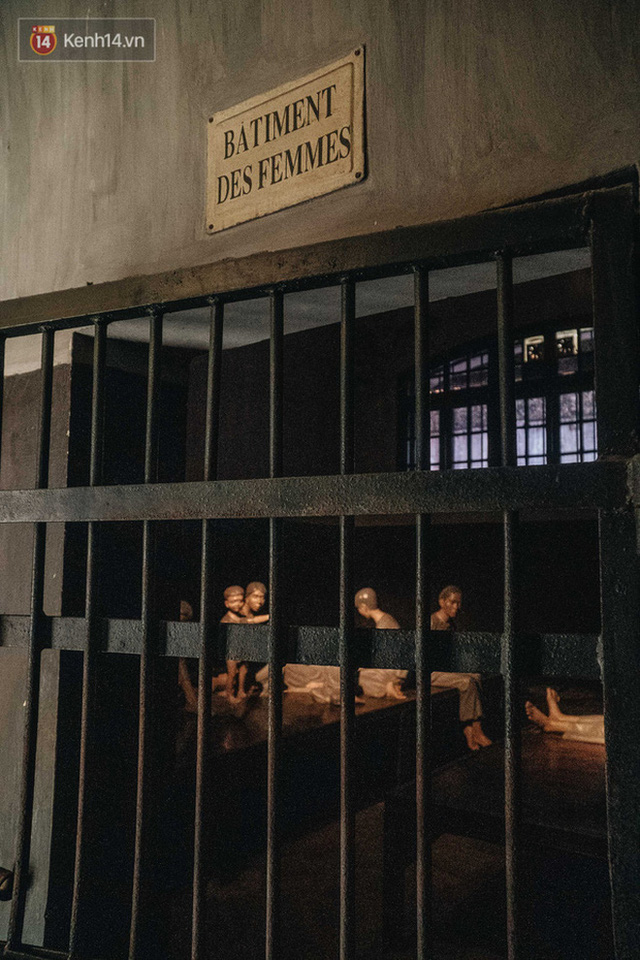 """The story of Hoa Lo Prison: """"Hell on Earth"""" in the heart of Hanoi, after more than a century is still the scariest place in Southeast Asia - Photo 15."""