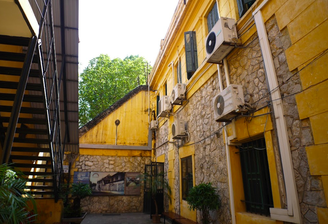 """The story of Hoa Lo Prison: """"Hell on earth"""" in the heart of Hanoi, after more than a century is still the scariest place in Southeast Asia - Photo 16."""