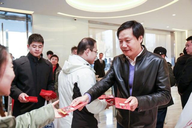 Muốn biến Xiaomi thành thánh địa cho các kỹ sư, CEO Lôi Quân tặng nhân viên kỹ thuật mỗi người số cổ phiếu trị giá 70.000 USD - Ảnh 1.