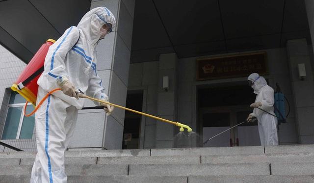 Thay đổi hình ảnh chóng vánh: Ông Kim Jong Un còn lá bài bí mật để chặn đứng nguy cơ nạn đói - Ảnh 2.
