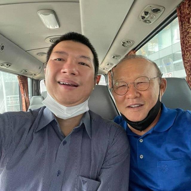BLV Quang Huy: Cuộc đời toàn cua gắt, lần đầu phát sóng chỉ được vài chục nghìn, ăn 10 - 20 bát cơm để bình luận xuyên đêm - Ảnh 10.