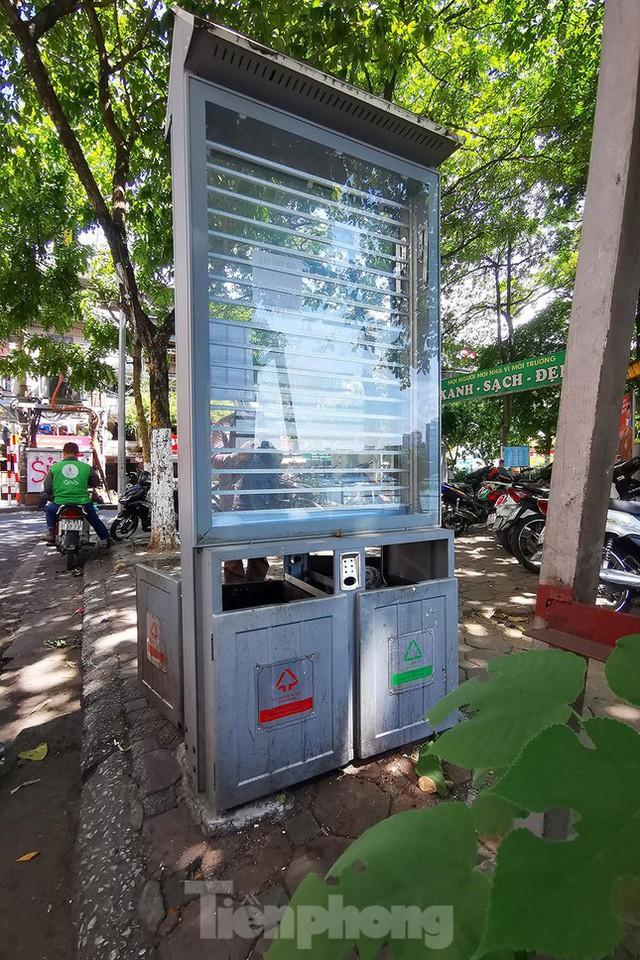 Mô hình thùng rác công nghệ trị giá 200 tỷ đồng ở Hà Nội hiện ra sao? - Ảnh 2.