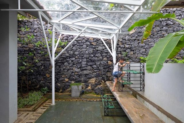 Ngôi nhà gạch thiết kế ngẫu hứng trên sườn đồi ở Sơn La xuất hiện trên báo Mỹ - Ảnh 13.