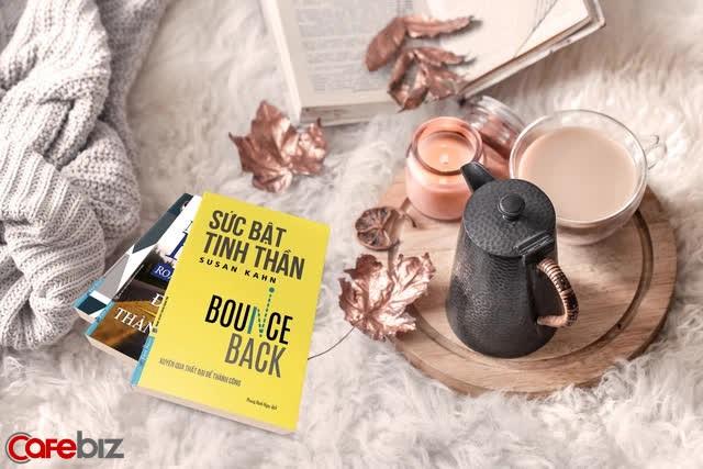 Tầm nhìn và kinh nghiệm sống của người tài ba bộc lộ qua những cuốn sách gối đầu giường: 5 đầu sách họ khuyên đọc  - Ảnh 1.
