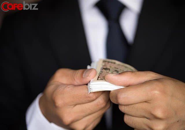 Bất ngờ với cách quản lí tài chính của người giàu, họ đã làm những gì để giàu càng thêm giàu?  - Ảnh 2.