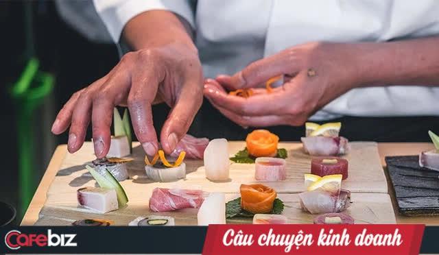 Vì sao thế giới xem khách hàng là thượng đế nhưng người Nhật sẵn sàng đi ăn nhà hàng sang trọng, trả nhiều tiền mà không được chọn món ăn? - Ảnh 1.