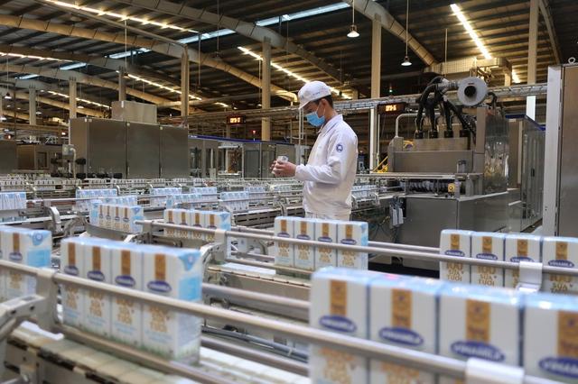 Vinamilk san sẻ khó khăn mùa dịch với chương trình hỗ trợ thiết thực cho người tiêu dùng, tổng giá trị lên đến gần 170 tỷ đồng - Ảnh 4.