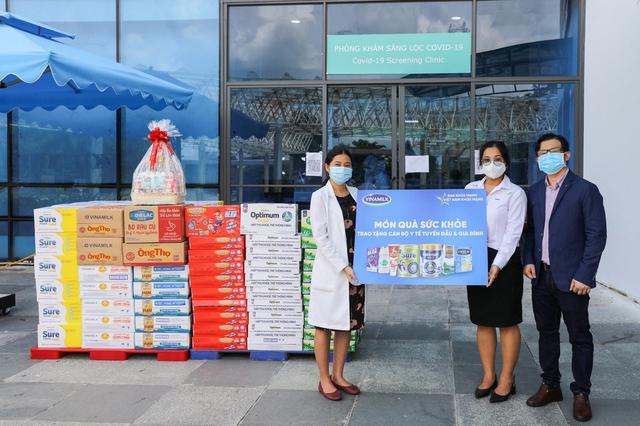 Vinamilk san sẻ khó khăn mùa dịch với chương trình hỗ trợ thiết thực cho người tiêu dùng, tổng giá trị lên đến gần 170 tỷ đồng - Ảnh 8.