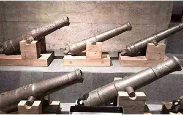 Mở kho vũ khí của triều đình nhà Thanh, liên quân 8 nước sững sờ: Lẽ nào Thanh triều cố tình thua trận? - Ảnh 3.