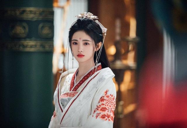 Vụ án chấn động Minh triều: Yêu nhân giả nữ hại đời 99 cô gái, đang lừa nạn nhân thứ 100 thì lộ tẩy, bị Hoàng đế đích thân xử lăng trì - Ảnh 2.