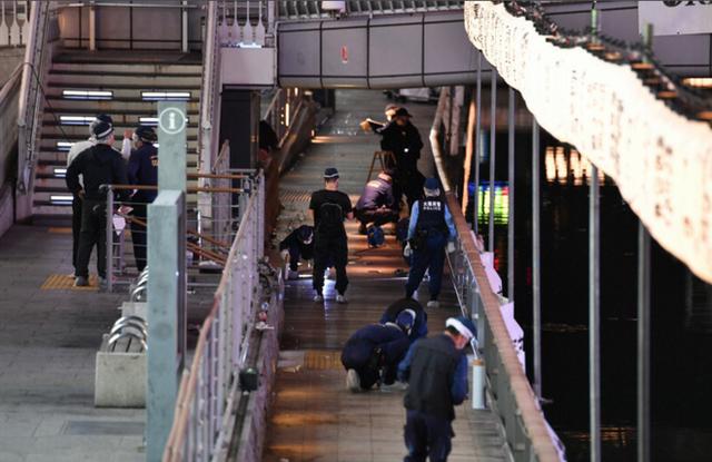 Kẻ vô tâm thản nhiên quay clip vụ du học sinh Việt bị sát hại tại Osaka Nhật Bản: Thường lên mạng nói đạo lý, bị công kích liền đóng ngay Facebook - Ảnh 1.