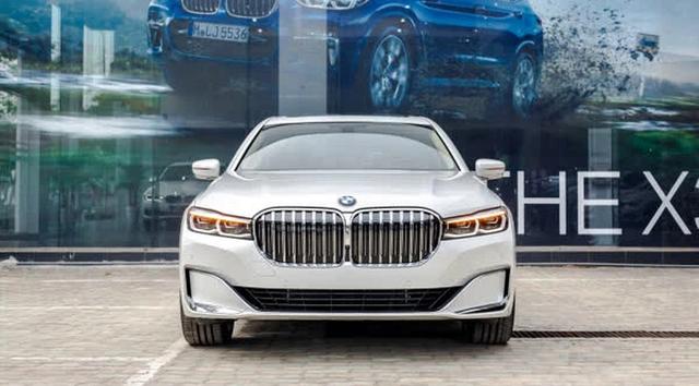 Loạt ô tô giảm giá không thương tiếc, nhiều mẫu xuống kỷ lục, thấp nhất từ trước đến nay - Ảnh 12.