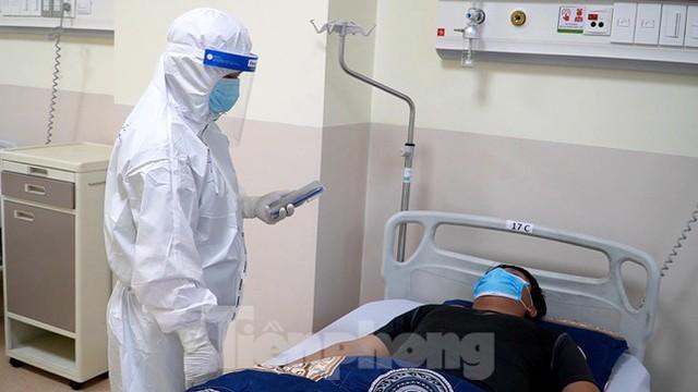 Cận cảnh khoa đặc biệt cho bệnh nhân vừa vượt qua cửa tử tại Bệnh viện Hồi sức COVID-19 - Ảnh 5.
