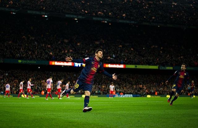 Toàn bộ sự nghiệp vĩ đại của Messi tại Barcelona qua ảnh - Ảnh 18.