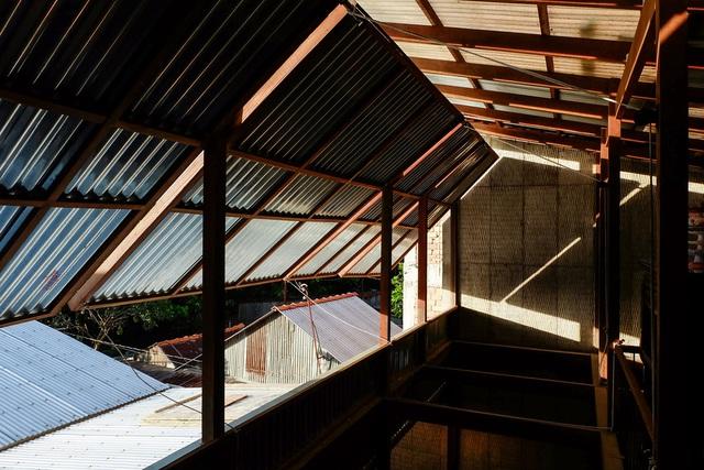 Ngôi nhà lụp xụp ở Châu Đốc lột xác ngoạn mục nhờ KTS Nhật Bản, view rộng bao la bước đến đâu chill đến đó - Ảnh 6.