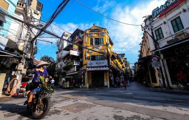 PGS.TS Trần Đắc Phu nêu 3 kịch bản cho Hà Nội sau khi nới lỏng giãn cách - Ảnh 1.