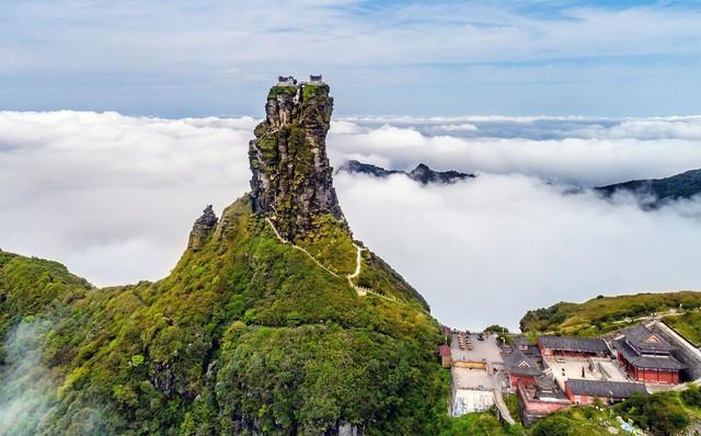 Ngôi chùa nằm trên đỉnh núi tách đôi được ví như tiên cảnh nhân gian nhưng vẫn tồn tại bí ẩn khiến hậu nhân đau đầu - Ảnh 4.