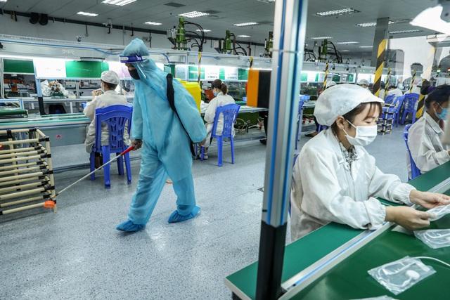 PGS.TS Trần Đắc Phu nêu 3 kịch bản cho Hà Nội sau khi nới lỏng giãn cách - Ảnh 6.
