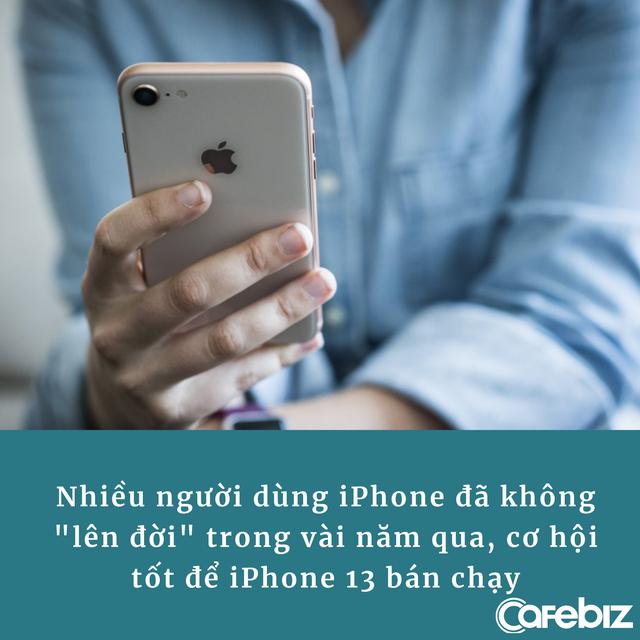 [Bài 16/9] 'Nhàm chán nhưng iPhone 13 vẫn sẽ bán chạy và tiền sẽ lại đổ về túi Apple thôi' - Ảnh 2.