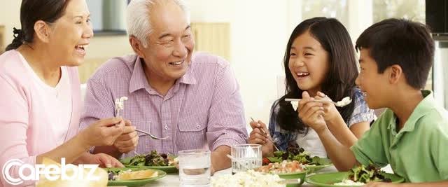 Sống thọ và những quy tắc không thể khoan nhượng về chế độ ăn, vận động và giấc ngủ - Ảnh 2.