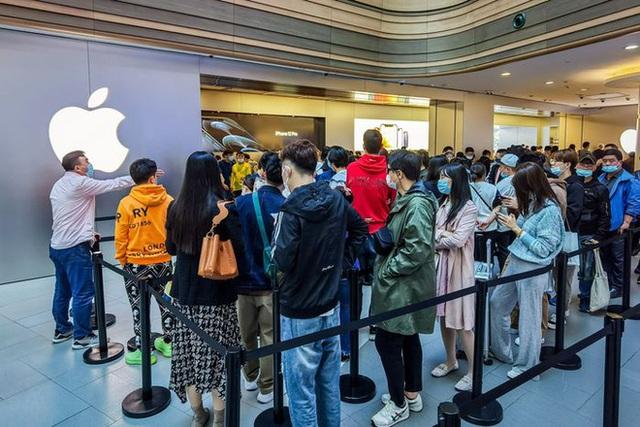WSJ: Người dùng Trung Quốc ủng hộ giá bán thấp của iPhone 13 - Ảnh 2.