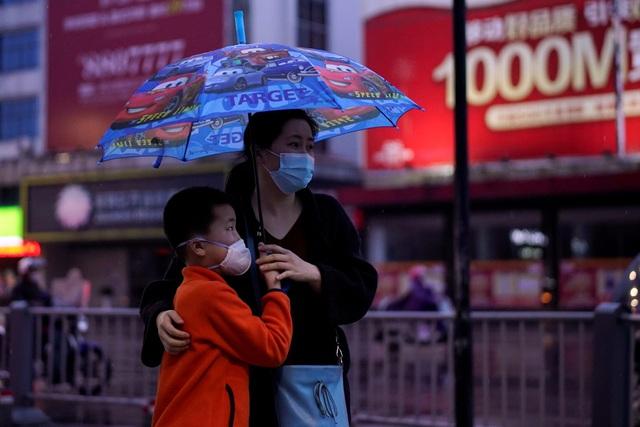 Trung Quốc đã tiêm chủng đầy đủ cho hơn 1 tỷ người dân - Ảnh 3.