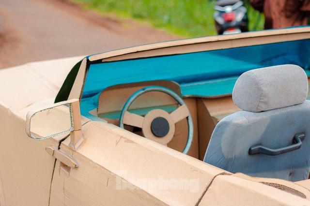 Thợ Việt chế kiểu dáng Rolls-Royce mui trần bằng bìa cứng - Ảnh 5.