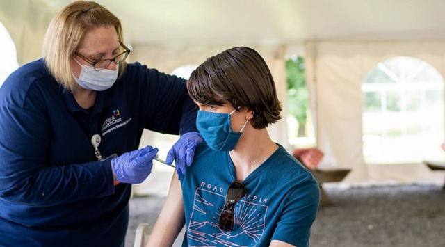 Tại sao thử nghiệm lâm sàng vắc xin COVID-19 cho trẻ em lại mất nhiều thời gian hơn vắc xin dành cho người lớn? - Ảnh 4.