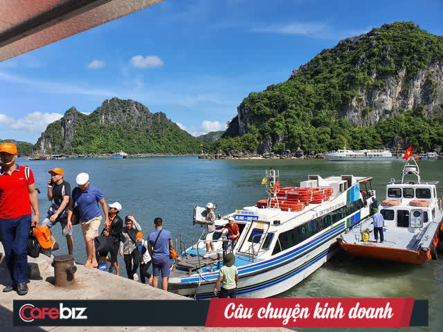 Quảng Ninh khởi động lại ngành du lịch: Tháng 11-12 đón khách ngoại tỉnh với điều kiện phải tiêm 2 mũi vaccine và xét nghiệm PCR âm tính - Ảnh 1.