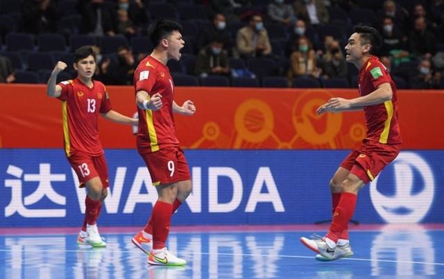 HLV Phạm Minh Giang của ĐT Futsal Việt Nam mắc COVID-19 - Ảnh 1.