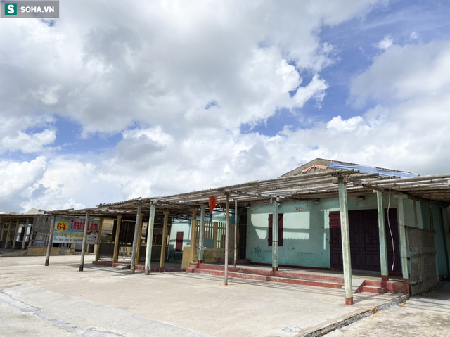 Xóa sổ toàn bộ hơn 100 ki ốt dọc bãi biển Quất Lâm, khu vực từng nhức nhối với nạn mại dâm - Ảnh 5.