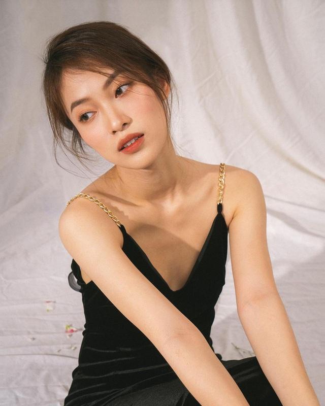 Profile siêu khủng của Khánh Vy: Ngoại ngữ đỉnh, học giỏi, giữ nhiều kỷ lục MC... và vô số thành tích đáng nể khác  - Ảnh 3.