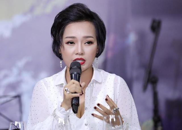 Thủy Tiên, MC Phan Anh tham gia bàn luận về vấn đề Cá nhân làm từ thiện thế nào cho đúng? - Ảnh 4.
