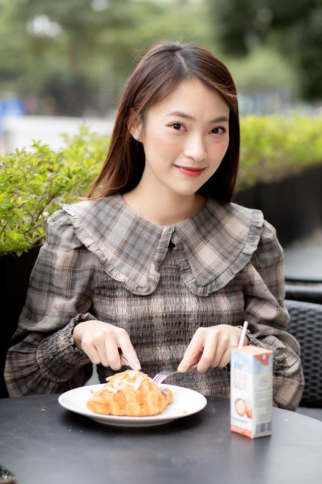 Profile siêu khủng của Khánh Vy: Ngoại ngữ đỉnh, học giỏi, giữ nhiều kỷ lục MC... và vô số thành tích đáng nể khác  - Ảnh 5.