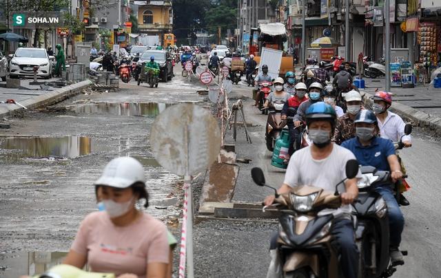 [ẢNH] Con đường dài 400m, làm 3 năm không xong ở Hà Nội - Ảnh 2.