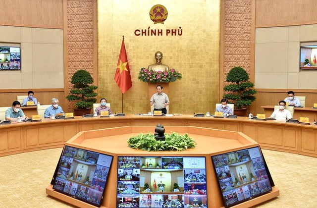 Thủ tướng Phạm Minh Chính: Chuyển từ mục tiêu không có COVID sang thích ứng an toàn - Ảnh 1.