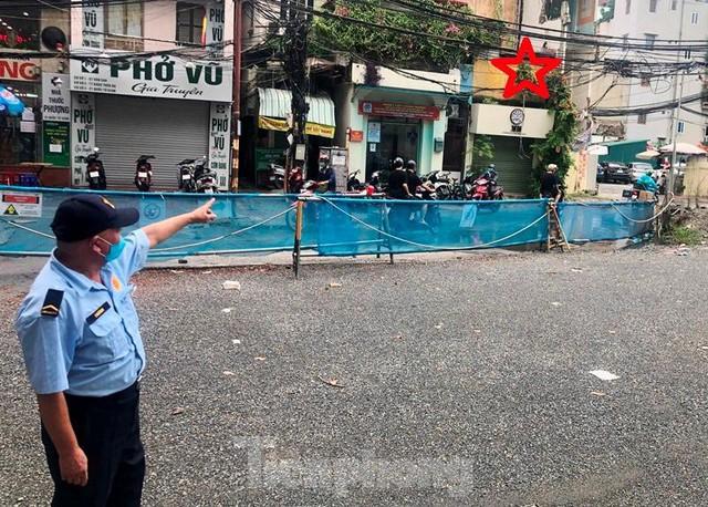 Cận cảnh ga ngầm metro Hà Nội bị nhà thầu nước ngoài dừng thi công - Ảnh 3.