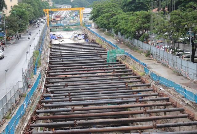 Ga ngầm metro Nhổn - ga Hà Nội: Vì sao nhà thầu nước ngoài dừng thi công? - Ảnh 2.
