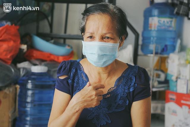 Gặp người vợ gục khóc cạnh xe lăn của chồng từng được Giang Kim Cúc giúp đỡ: Cô Cúc không liên lạc nữa, giờ cô chỉ mong được đi bán vé số lại - Ảnh 9.