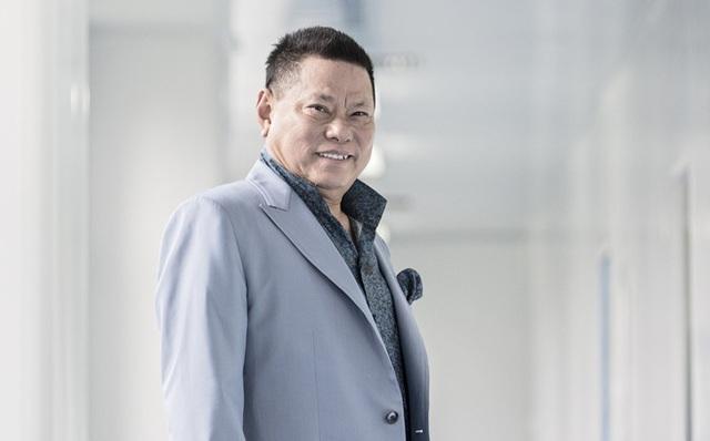 Doanh nhân Hoàng Kiều thông báo sẽ thay Phi Nhung nuôi 23 đứa trẻ mồ côi và khẳng định: Sẽ tiếp tục dạy dỗ cho các em thành người - Ảnh 2.