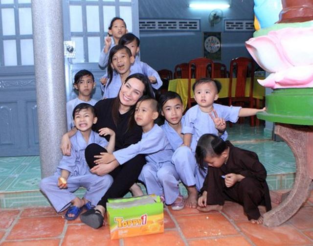 Ca sĩ Phi Nhung có tâm nguyện đặc biệt dành cho 23 con nuôi nhưng chưa thành, Xuân Lan tiết lộ tin nhắn quá đau lòng!  - Ảnh 7.