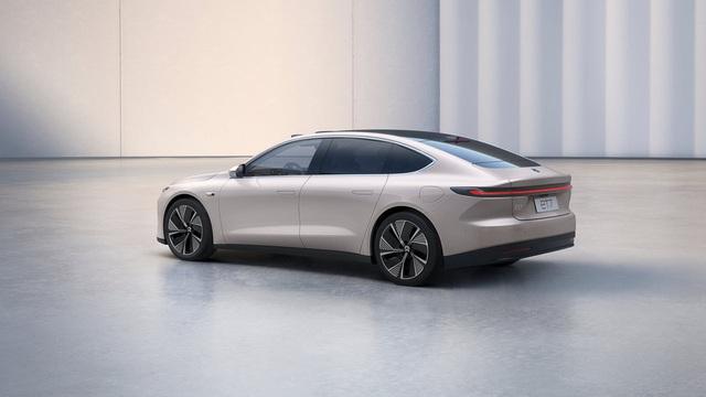Ô tô điện Trung Quốc phá đảo mọi kỷ lục, sạc 1 lần đi 1000 Km, khiến Tesla phát hoảng - Ảnh 1.