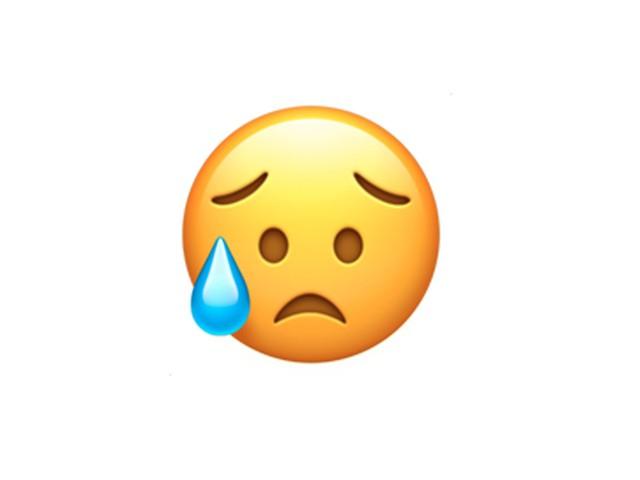 Đây không phải là một người đang khóc đâu. Hãy dùng Emoji này khi bạn cảm thấy hơi thất vọng, nhưng không quá nặng nề.