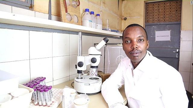 Gérard Niyondiko, người đồng sáng lập ra xà phòng Faso