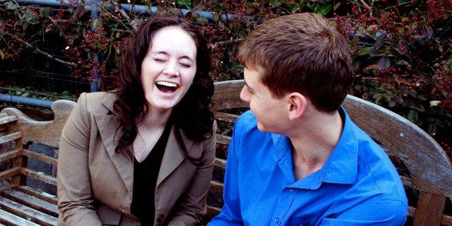 Các nhà khoa học nói rằng, đàn ông 30 tuổi mà vẫn ế là do chưa biết 9 cách thu hút phụ nữ này - Ảnh 6.